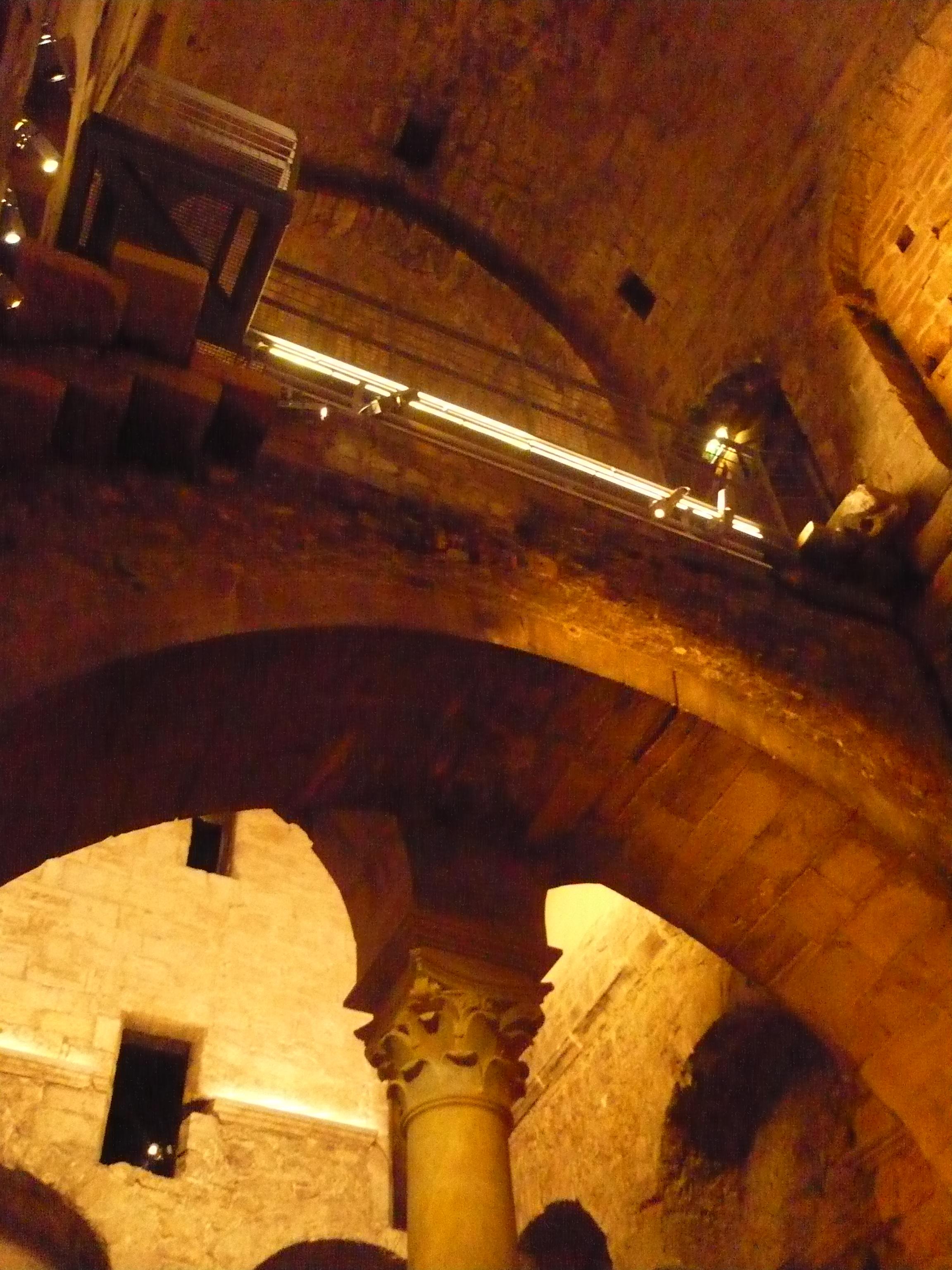 Crypte de l'abbaye Saint-Victor