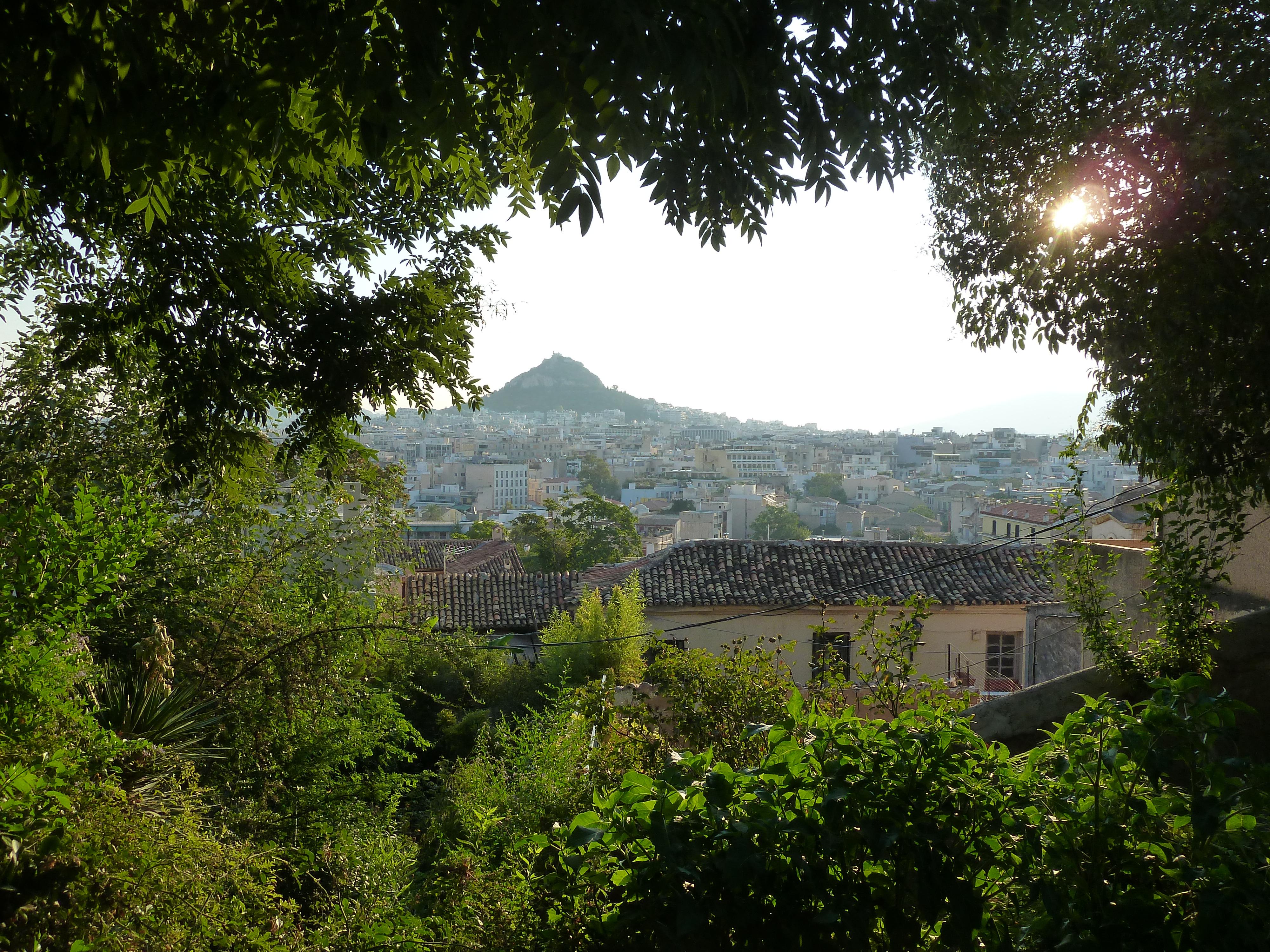 Mont Lykabeth, depuis les pentes de l'Acropole.