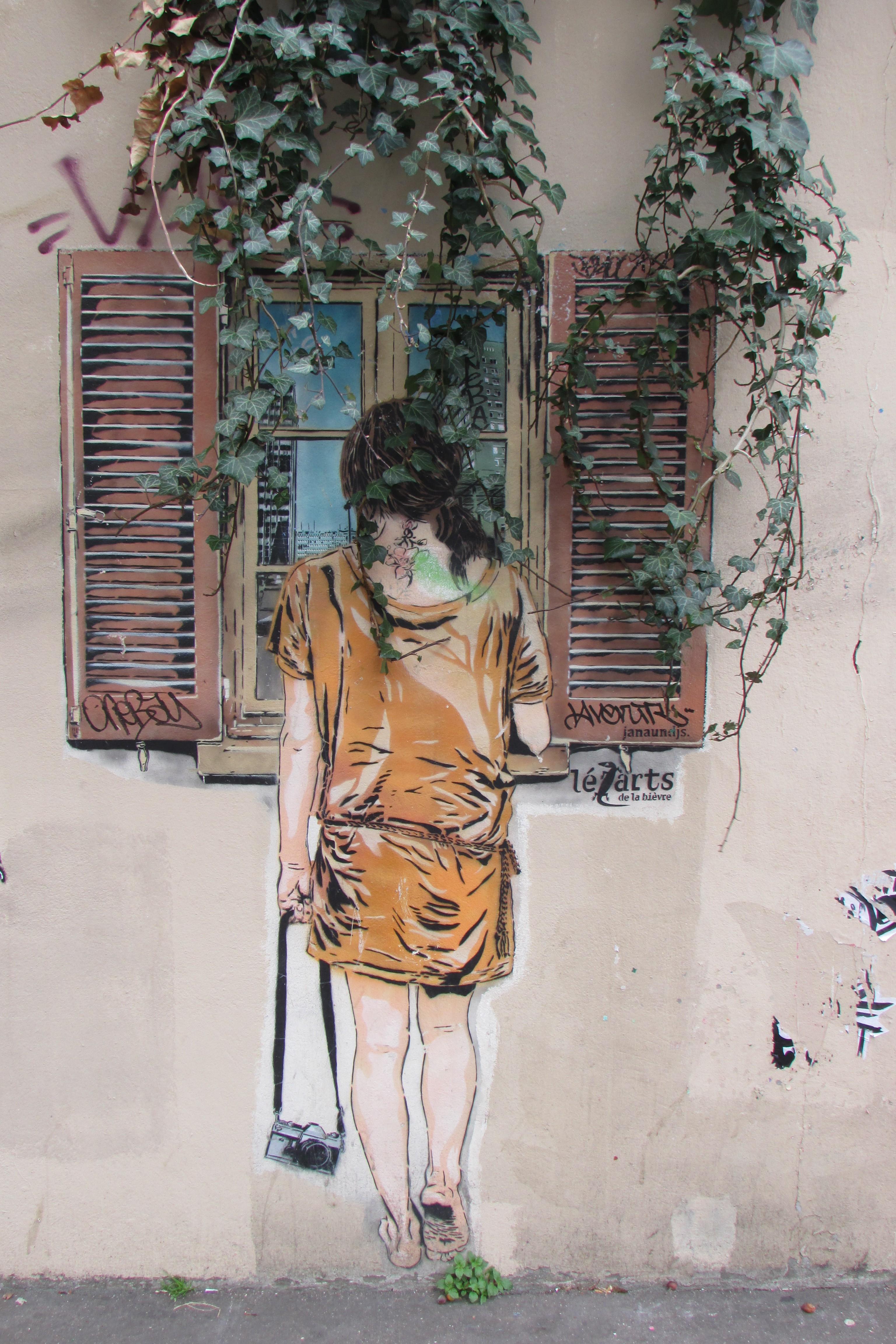 Butte aux cailles encore du street art and the temple for Fille a la fenetre