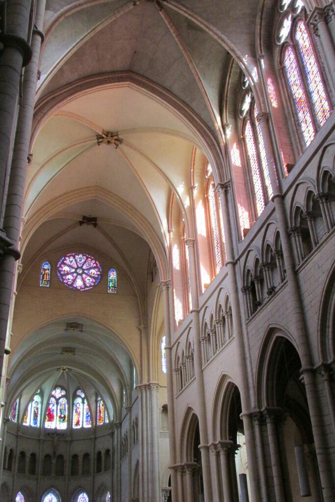 Saint-Jean, intérieur.