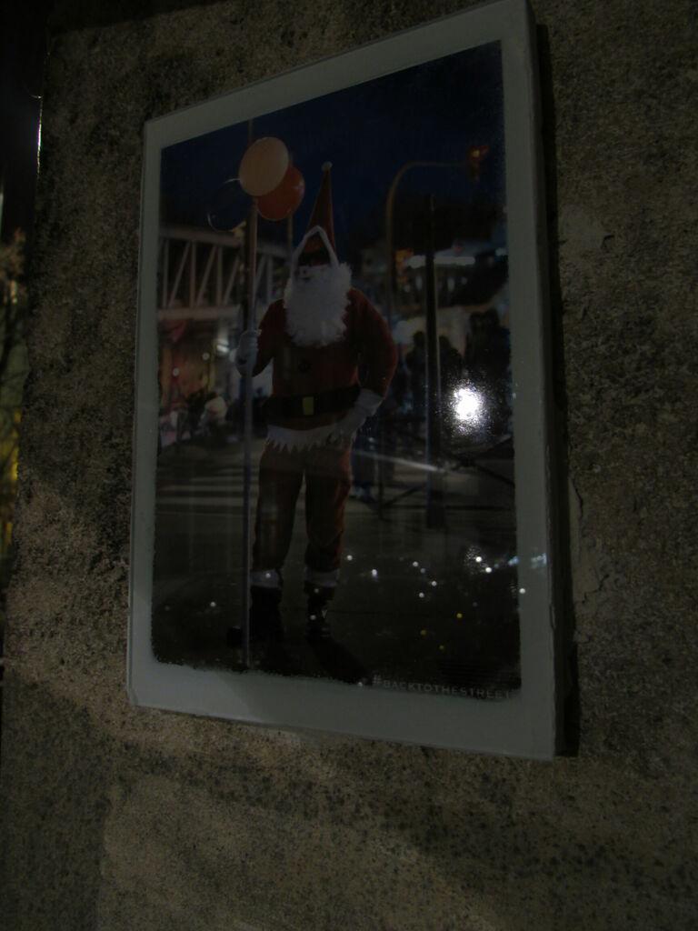 #Backtothestreet au Père Noël, close-up