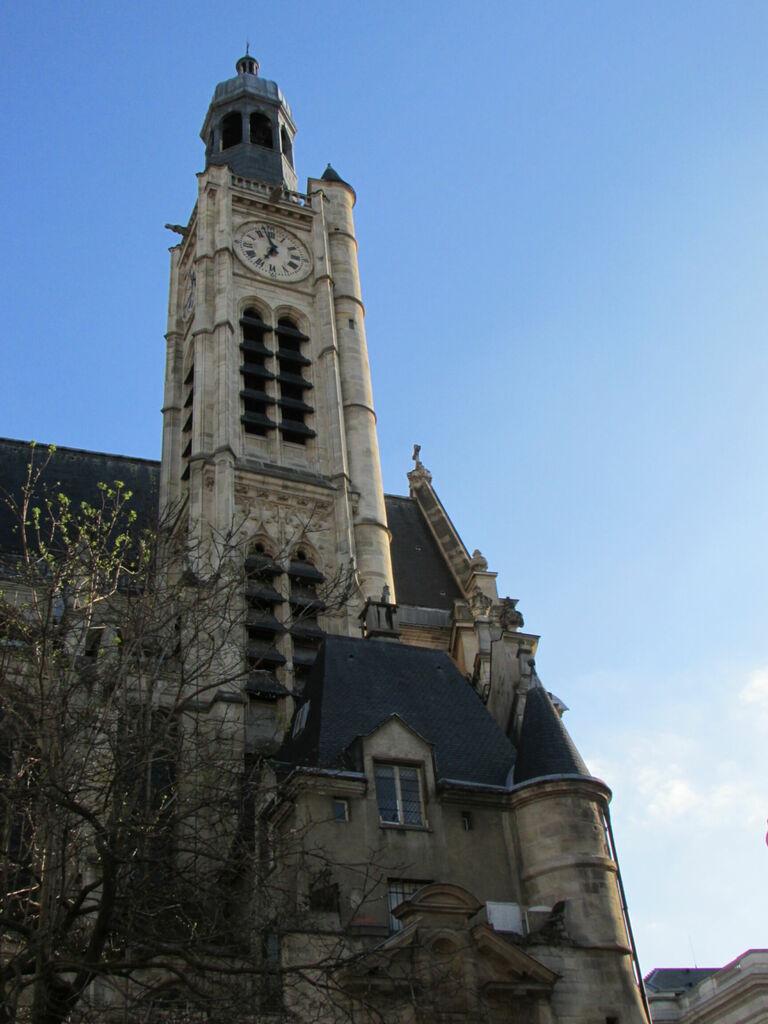 Tour de Saint-étienne-du-mont