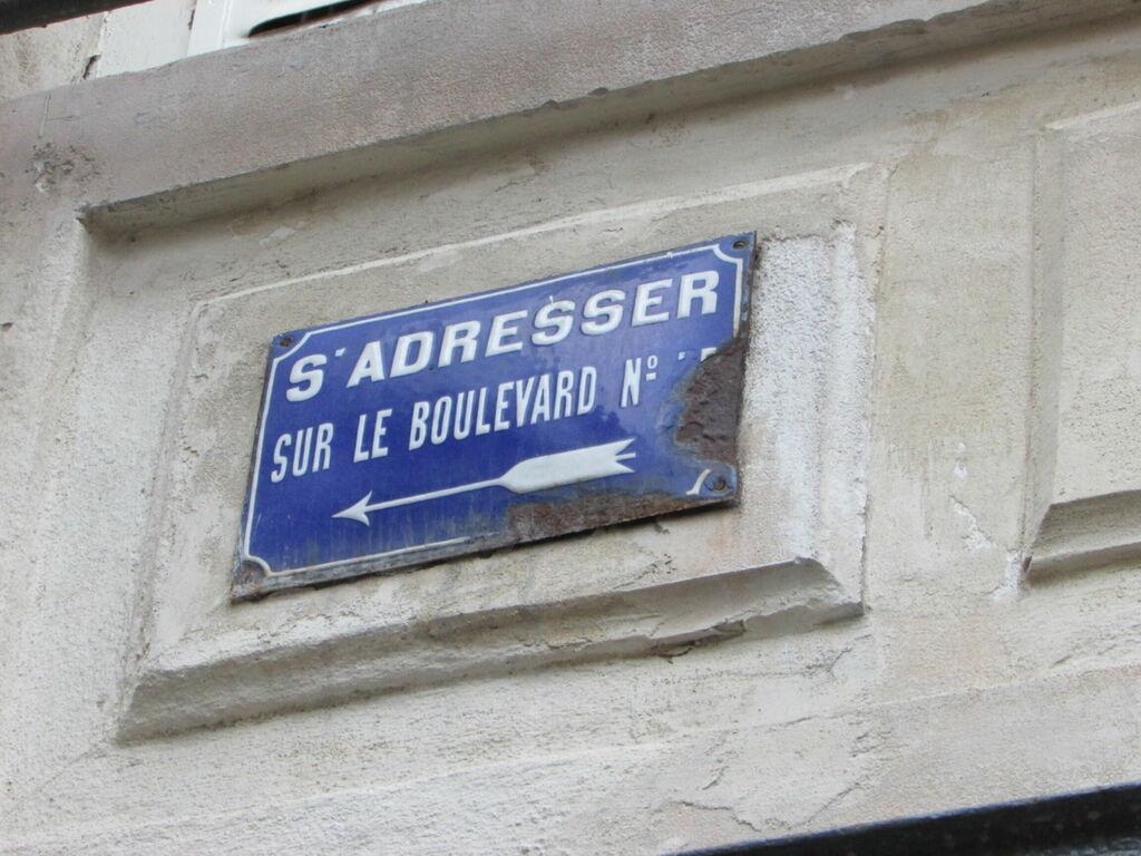 S'adresser sur le boulevard N°