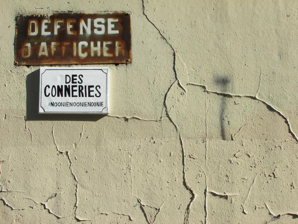 Défense d'afficher des conneries