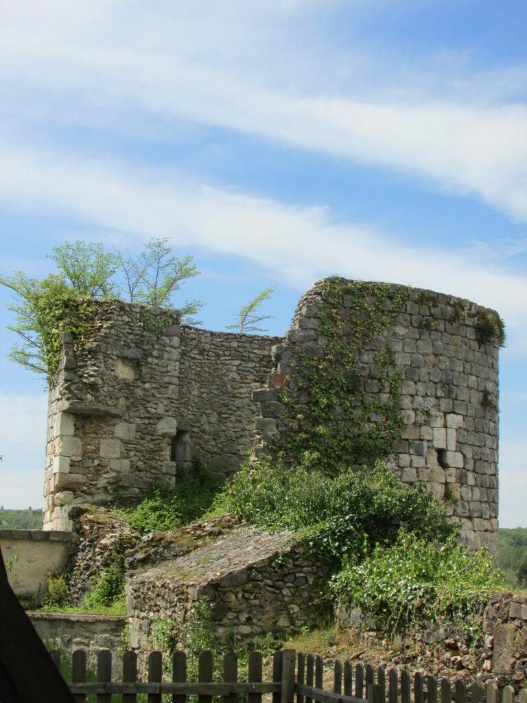 Tour du château de Dourdan