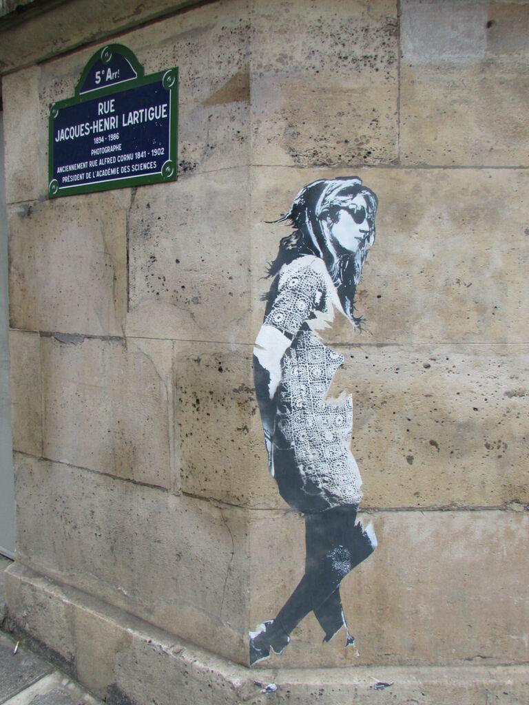 Rue Jacques Henri Lartigue