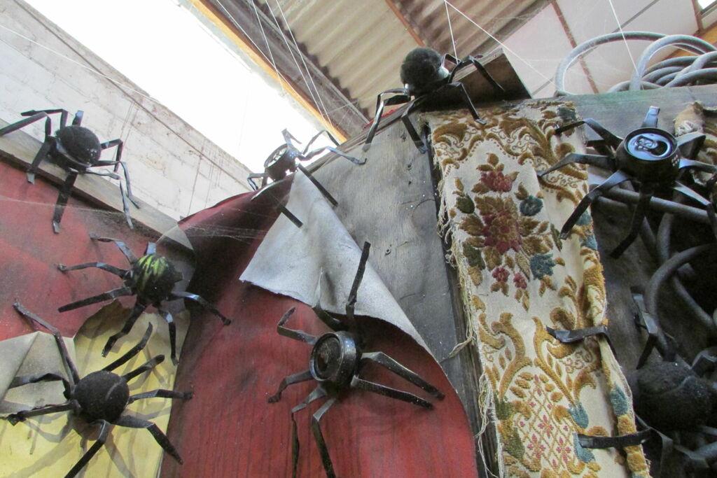 Araignées en cannettes