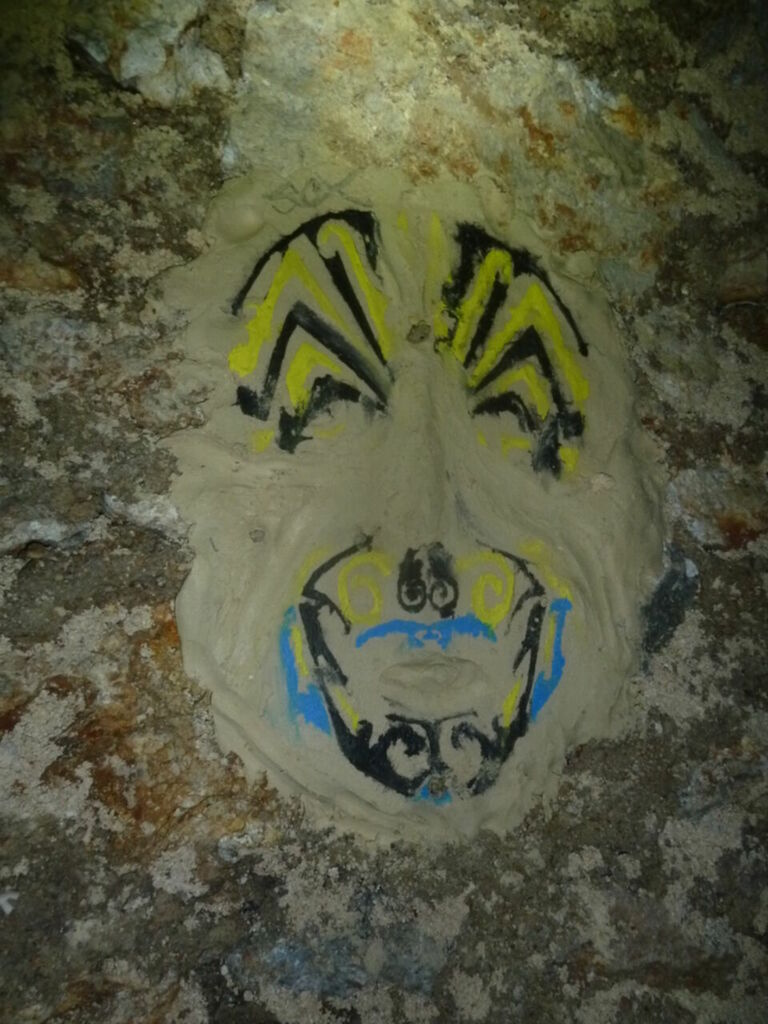 Masque coloré