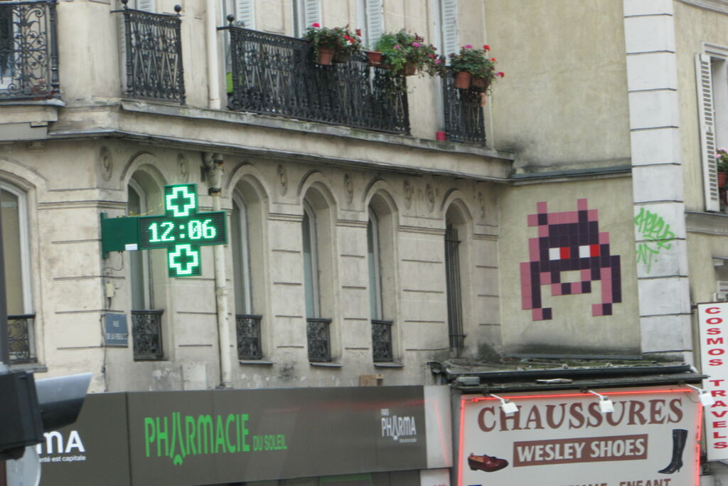 Invaders et pharmacie